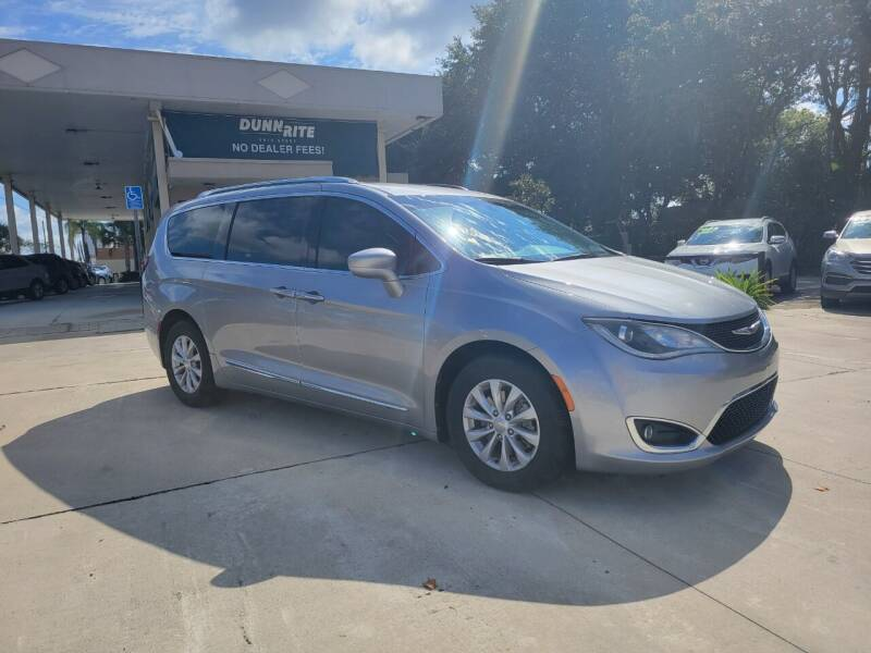 2019 Chrysler Pacifica for sale at Dunn-Rite Auto Group in Longwood FL