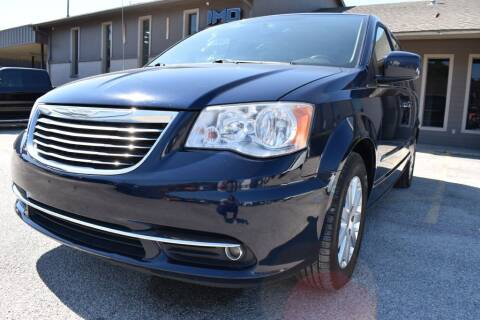 2014 Chrysler Town and Country for sale at IMD Motors in Richardson TX
