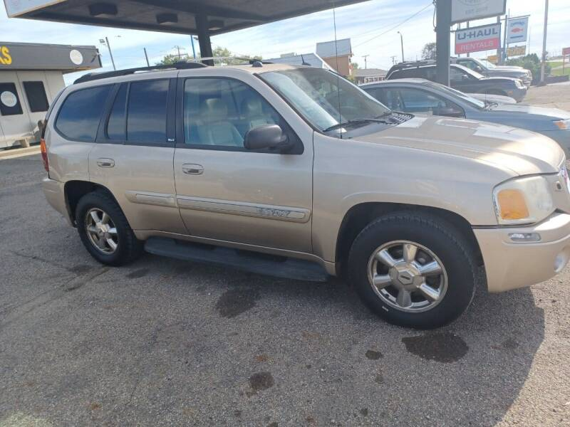 2005 GMC Envoy for sale at CASH CARS in Circleville OH