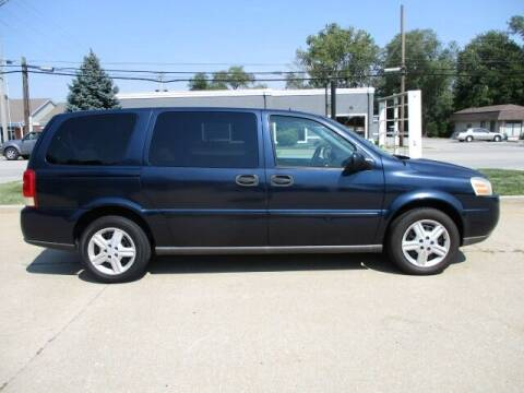 2005 Chevrolet Uplander for sale at Pinnacle Investments LLC in Lees Summit MO