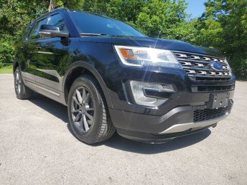 2017 Ford Explorer for sale at Thornhill Motor Company in Lake Worth TX