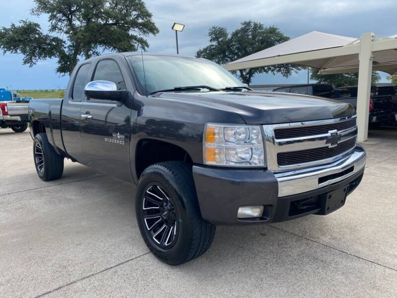 2010 Chevrolet Silverado 1500 for sale at Thornhill Motor Company in Lake Worth TX