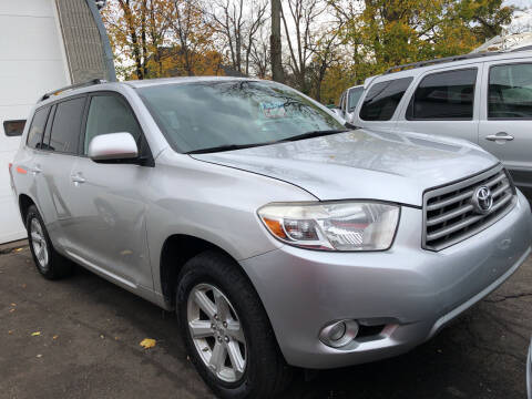 2010 Toyota Highlander for sale at Deleon Mich Auto Sales in Yonkers NY