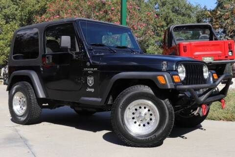 2001 Jeep Wrangler for sale at SELECT JEEPS INC in League City TX