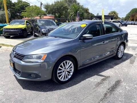 2013 Volkswagen Jetta for sale at EZ Own Car Sales of Miami in Miami FL