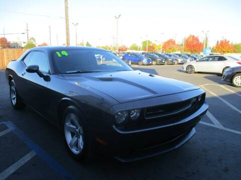 2014 Dodge Challenger for sale at Choice Auto & Truck in Sacramento CA