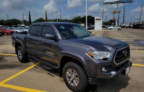 2019 Toyota Tacoma for sale at FREDY USED CAR SALES in Houston TX