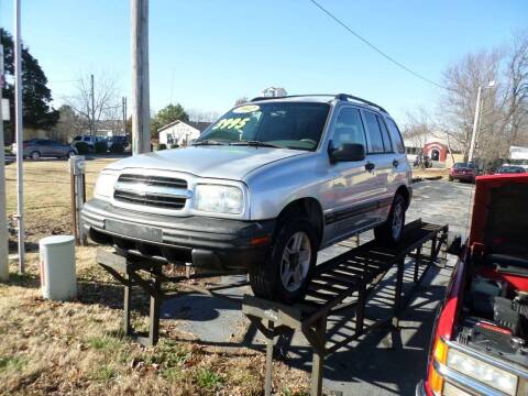 2002 Chevrolet Tracker for sale at Credit Cars of NWA in Bentonville AR