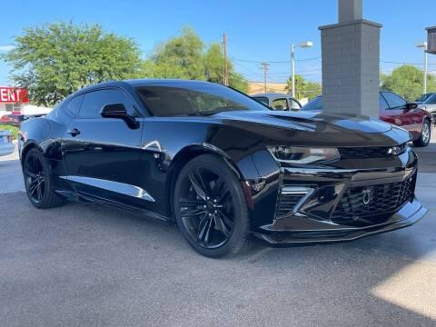 2017 Chevrolet Camaro for sale at TANQUE VERDE MOTORS in Tucson AZ