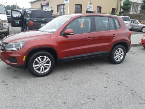 2014 Volkswagen Tiguan for sale at Nelsons Auto Specialists in New Bedford MA