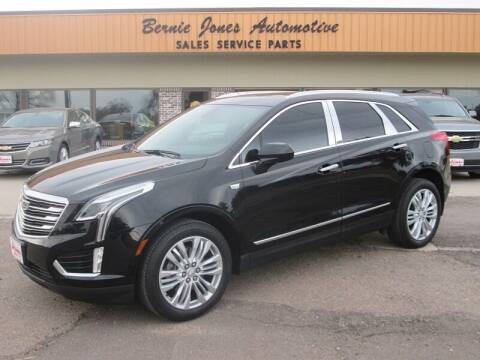 2017 Cadillac XT5 for sale at Bernie Jones Auto in Cambridge NE