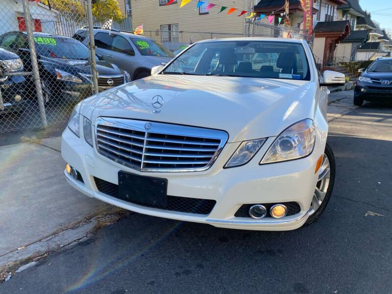 2011 Mercedes-Benz E-Class for sale at Best Cars R Us LLC in Irvington NJ
