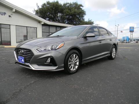 2019 Hyundai Sonata for sale at MARK HOLCOMB  GROUP PRE-OWNED in Waco TX