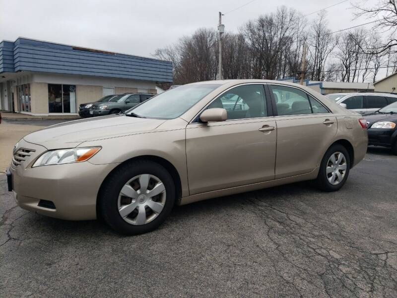 2009 Toyota Camry for sale at COLONIAL AUTO SALES in North Lima OH