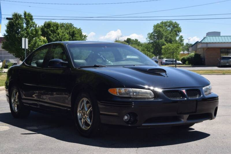 2000 Pontiac Grand Prix for sale at NEW 2 YOU AUTO SALES LLC in Waukesha WI