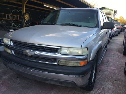 2005 Chevrolet Suburban for sale at Carzready in San Antonio TX