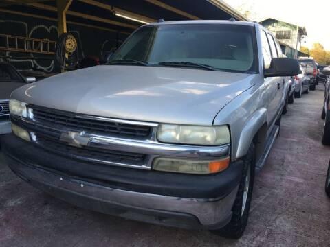 2005 Chevrolet Suburban for sale at Carzready in San Antonio TX