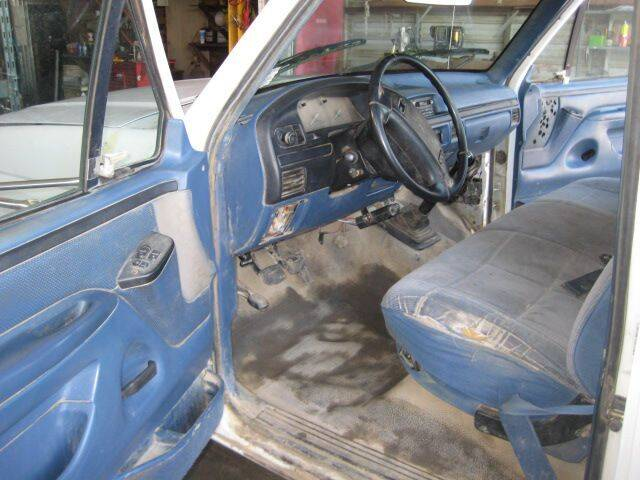 1997 Ford F-450 for sale at CARZ R US 1 in Armington IL