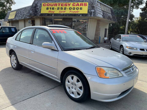 2001 Honda Civic for sale at Courtesy Cars in Independence MO