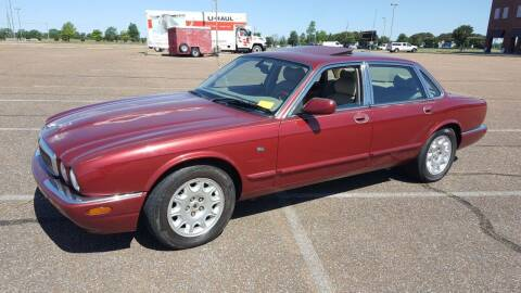 2000 Jaguar XJ-Series for sale at The Auto Toy Store in Robinsonville MS