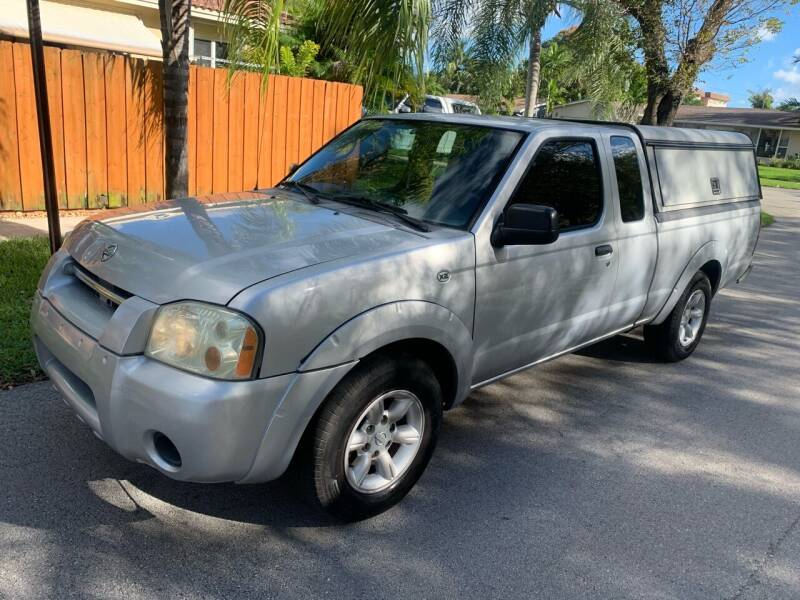 2004 Nissan Frontier for sale at FINANCIAL CLAIMS & SERVICING INC in Hollywood FL