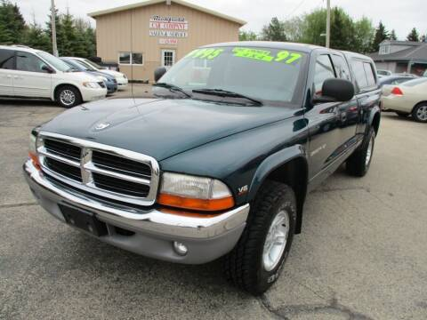 1997 Dodge Dakota for sale at Richfield Car Co in Hubertus WI