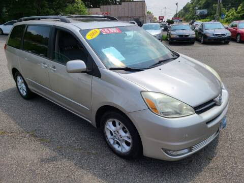 2004 Toyota Sienna for sale at New Jersey Automobiles and Trucks in Lake Hopatcong NJ