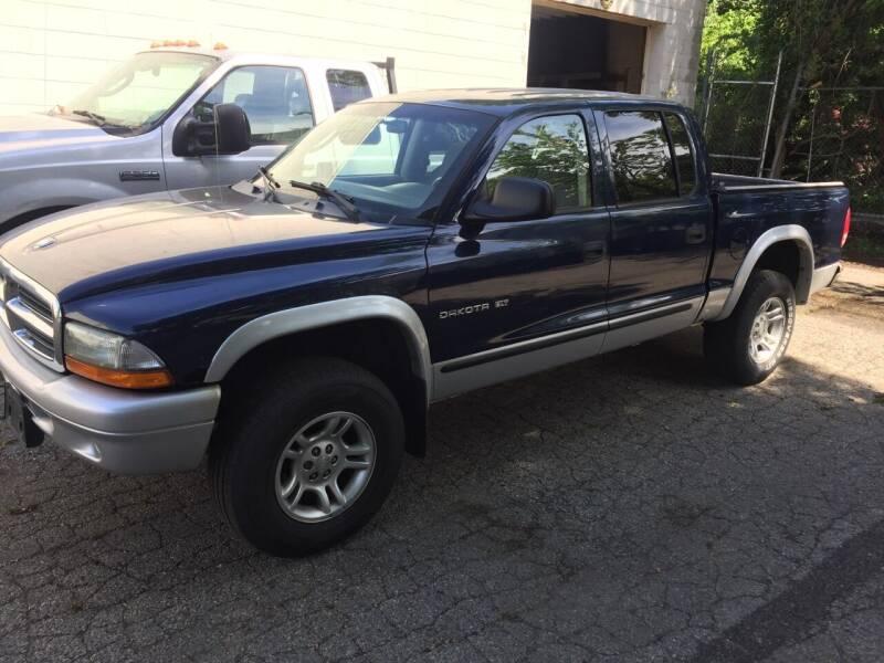 2002 Dodge Dakota for sale at Thomas Anthony Auto Sales LLC DBA Manis Motor Sale in Bridgeport CT