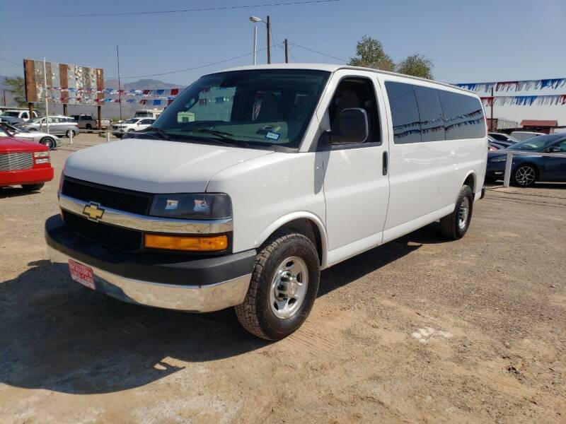 2019 Chevrolet Express Passenger for sale at Bickham Used Cars in Alamogordo NM