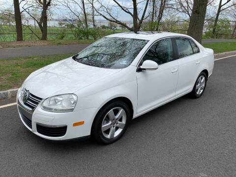 2009 Volkswagen Jetta for sale at Crazy Cars Auto Sale in Jersey City NJ