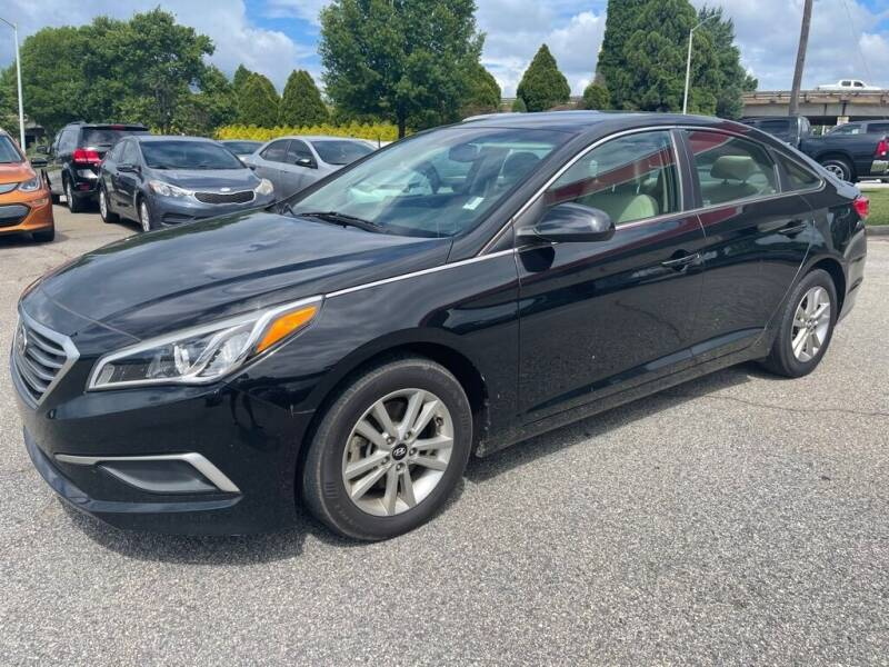 2017 Hyundai Sonata for sale at Modern Automotive in Boiling Springs SC