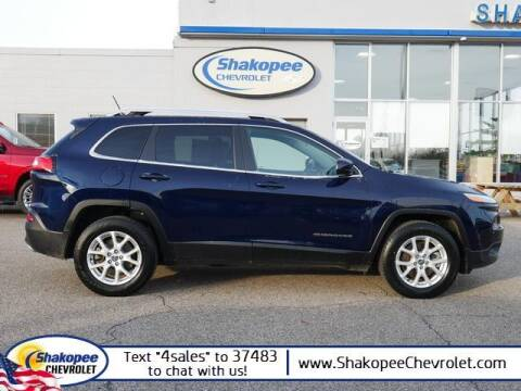 2015 Jeep Cherokee for sale at SHAKOPEE CHEVROLET in Shakopee MN