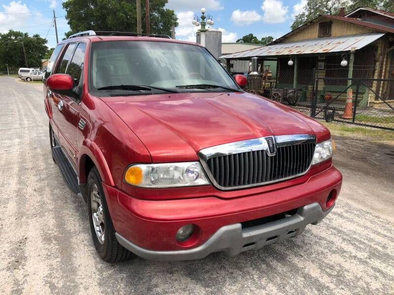 2002 Lincoln Navigator for sale at OVE Car Trader Corp in Tampa FL