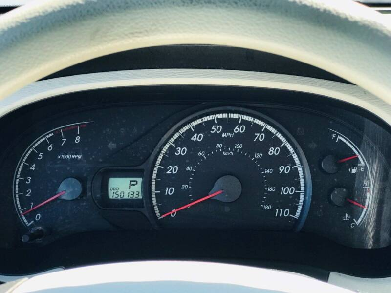 2011 Toyota Sienna LE 7-Passenger Auto Access Seat 4dr Mini-Van - Morristown TN