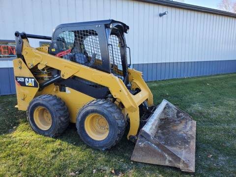 2015 Caterpillar 242D for sale at Tremont Car Connection in Tremont IL