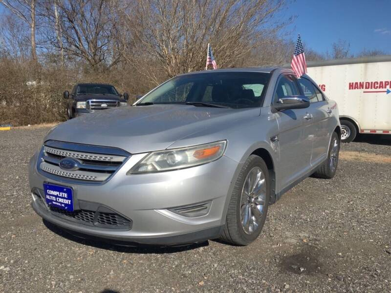 2010 Ford Taurus for sale at Complete Auto Credit in Moyock NC