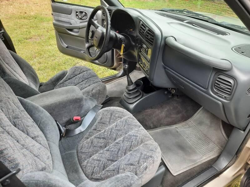 2000 GMC Sonoma 2dr SLE Standard Cab SB - Mckenna WA