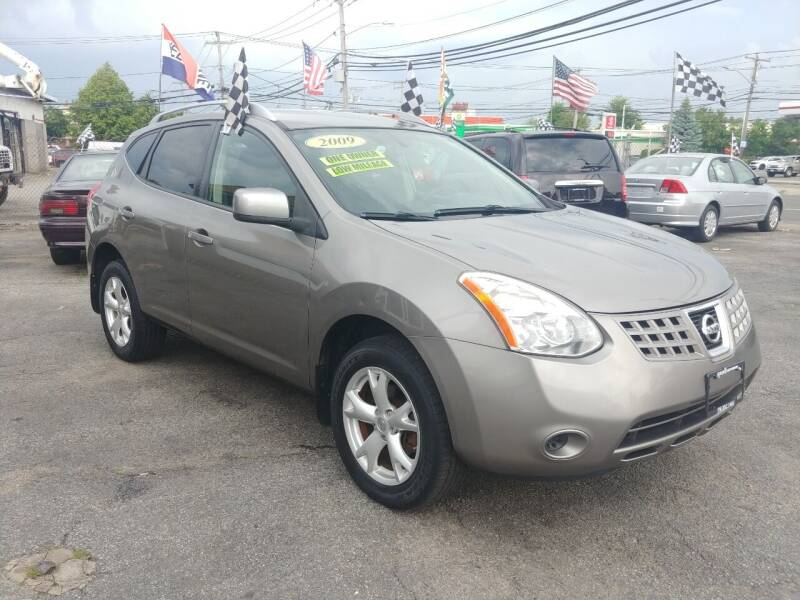 2009 Nissan Rogue for sale at Viking Auto Group in Bethpage NY