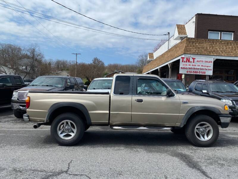2001 Mazda B-Series Pickup for sale at TNT Auto Sales in Bangor PA