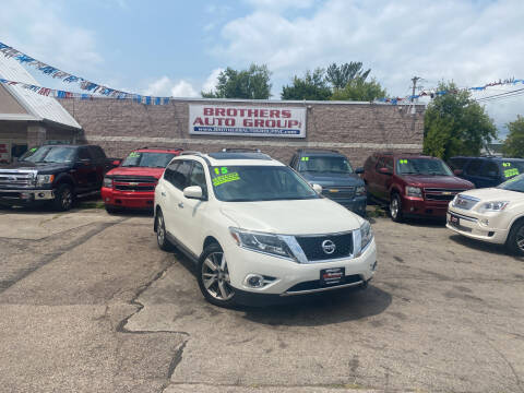 2015 Nissan Pathfinder for sale at Brothers Auto Group in Youngstown OH