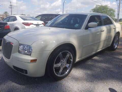 2007 Chrysler 300 for sale at Advanced Imports in Lafayette LA