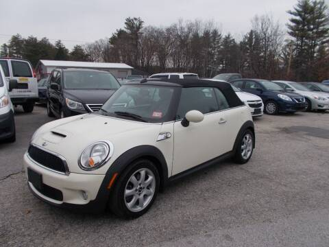 2009 MINI Cooper for sale at Manchester Motorsports in Goffstown NH