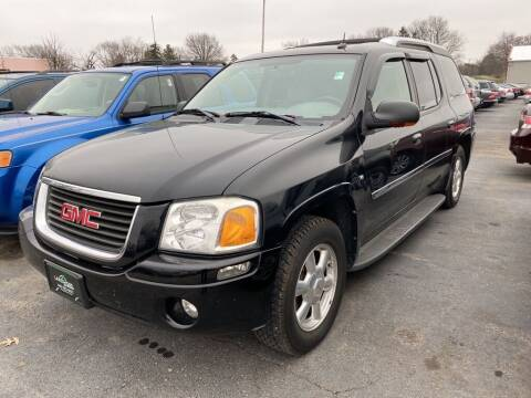2005 GMC Envoy XUV for sale at Lakeshore Auto Wholesalers in Amherst OH