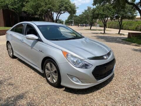 2014 Hyundai Sonata Hybrid for sale at KAM Motor Sales in Dallas TX