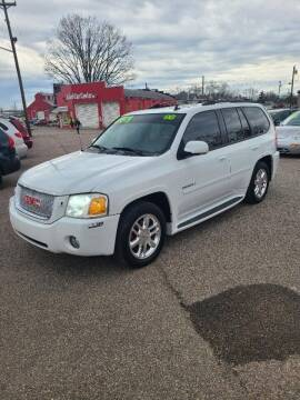 "2009 GMC Envoy for sale at MIDWESTERN AUTO SALES        ""The Used Car Center"" in Middletown OH"