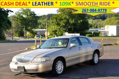 2005 Lincoln Town Car for sale at T CAR CARE INC in Philadelphia PA