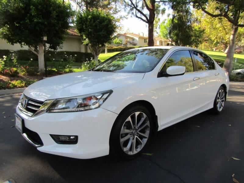 2015 Honda Accord for sale at E MOTORCARS in Fullerton CA