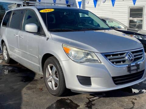 2010 Volkswagen Routan for sale at Plaistow Auto Group in Plaistow NH