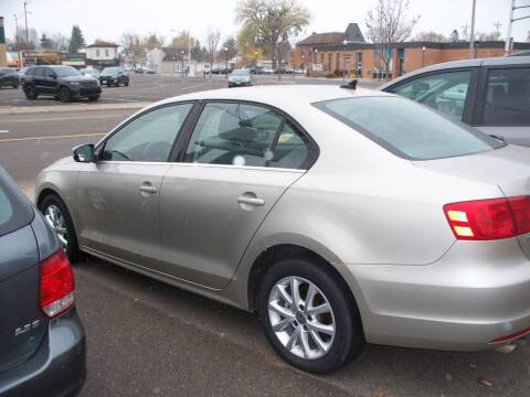 2013 Volkswagen Jetta for sale at North Metro Auto Sales in Cambridge MN