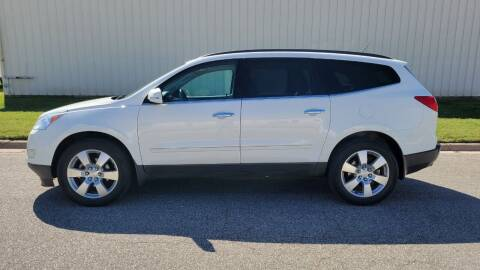 2012 Chevrolet Traverse for sale at TNK Autos in Inman KS